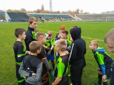 team talk in stadium 2018